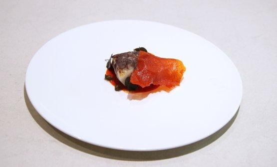 Baccalà, cenere di riso al nero e peperone crusco