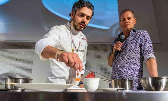 Matteo Baronetto con Fabrizio Nonis, che ha presentato la sezione Identità di Carne