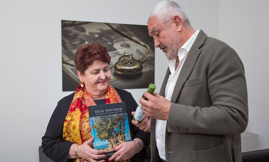 Con la ministra Teresa Bellanova
