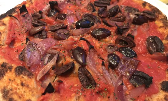 The excellent pizza Mediterranea