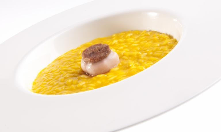 Il Riso giallo con ossobuco di Andrea Berton: è l'esempio di piatto unico regionale che viene chiesto ai ragazzi di re-interpretare nel Premio 2015