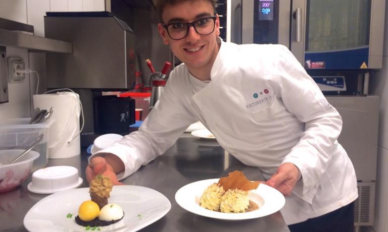 Il 22enne Bilal Topologlu � pasticcere al ristorante di Massimo Bottura a Eataly Istanbul (Zorlu Center, Levazim Mahellesi Koru Sokak 2, Besiktas. Tel. +90.212.3366666). Ama l'Italia e in questo articolo ci racconta il perch�