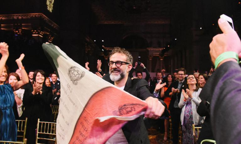 One year and 12 days later, on Monday 13th June in New York, no longer in London, he moved ahead of the Roca brothers too. Osteria Francescana in Modena is the first restaurant in the world based on the votes of almost one thousand experts. Massimo Bottura can finally wave the Italian flag. Copyright The World's 50 Best Restaurants