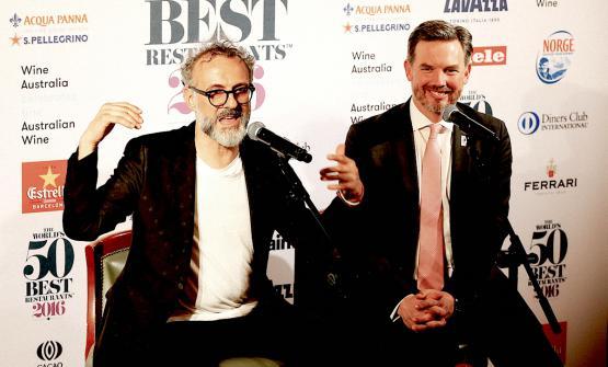 Massimo Bottura e William Drew lo scorso 13 giugno 2016 a New York durante la conferenza stampa riservata allo chef-patron del ristorante vincitore dei 50 Best, nella corcostanza l'Osteria Francescana di Modena