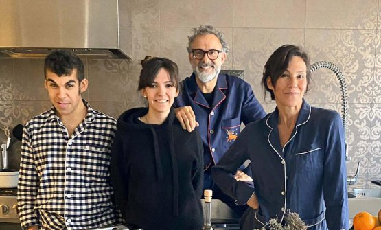 The Bottura family poses during a break of Kitchen Quarantine. Left to right Charlie, Alexa, Massimo and Lara. Photo Fine Dining Lovers