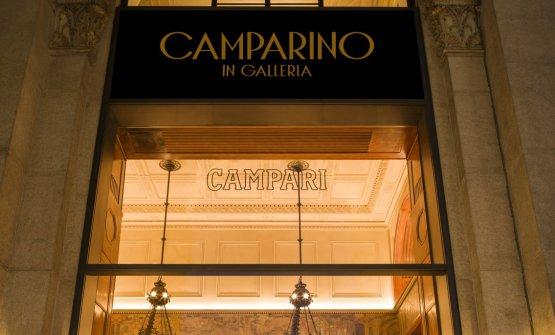 L'insegna del Camparino in Galleria, un'ic