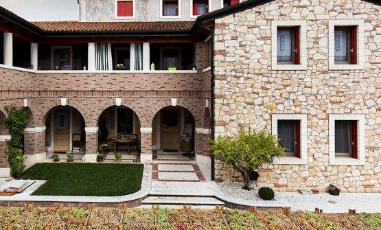 La cantina Gini si trova a Monteforte d'Alpone