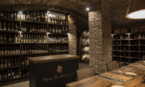 Le cantine del San Domenico. Oltre alle bottiglie, ospitano un tavolo che può essere allestito per una decina di commensali