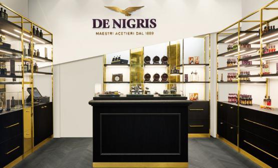 La nuova immagine in un punto vendida De Nigris, quello di corso Magenta a Milano