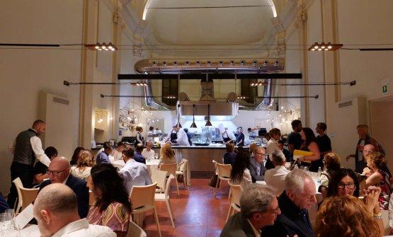 La sala che ha accolto la cena a quattro mani