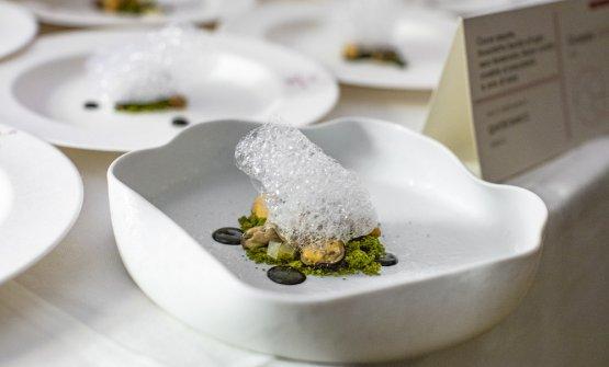 Geraci ha preparato un interessante piatto, quasi un dessert a base di cozze e schiuma d'acqua di mare