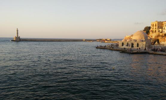 Chiania, la moschea e il porto (fotoMatteo Giannini)