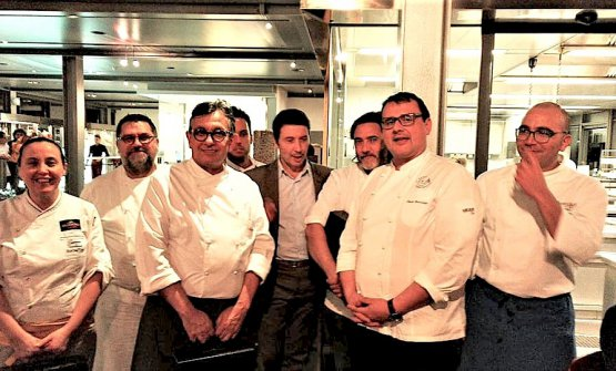 I protagonisti dell'ultima cena The Kitchen Tour di Chic