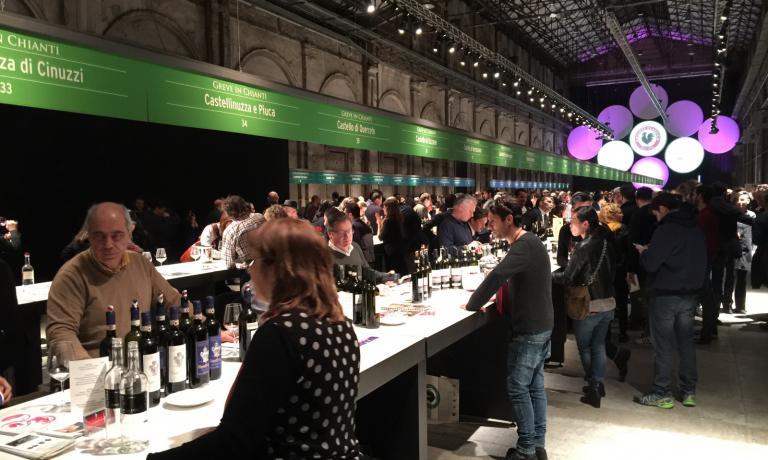 Si è svolta alla Leopolda di Firenze l'edizione 2017 della Chianti Classico Collection, organizzata dal Consorzio Vini Chianti Classico, con 185 produttori presenti