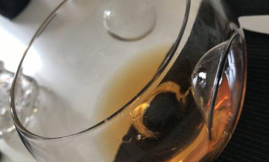 Il vino macerato: il colore ambrato brillante può spiazzare