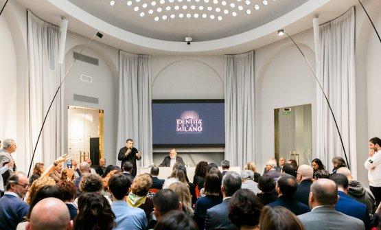 La conferenza stampa per il primo anno di Identit�