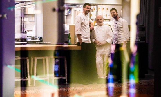 Con il resident chef di Identità Golose Milano, Simone Maurelli, e il sous chef Edoardo Traverso