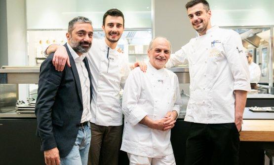 Assenza con, da sinistra, Andrea Amato, restaurant manager di Identità Golose Milano, Edoardo Traverso, sous chef dell'Hub, e Simone Maurelli, da poco insediatosi come resident chef