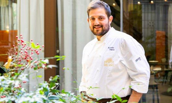 Lo chef Cristoforo Trapanifotografato nell'Hub diIdentità Golose Milano, dove ha presentato, con grandissimo successo, questo piatto