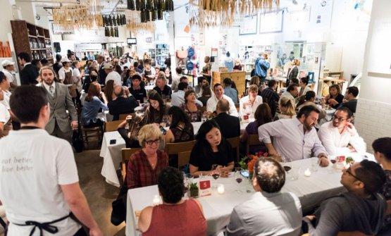 Dine Around, terza cena quest'anno per il format itinerante coi grandi protagonisti italiani