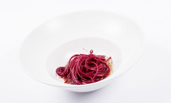Semplicemente il succo di una rapa rossa, uno dei piatti presentati da Di Pasquale a Meet in Cucina Abruzzo 2018