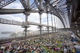 Colazione sul Sydney Harbour Bridge, evento clou del Sydney Food Festival (foto pinterest)