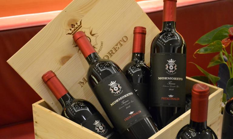 Toscana Igt Mormoreto 2013: è stato uno dei vini protagonisti dell'articolata degustazione che ha avuto come protagonista l'azienda Marchesi Frescobaldi.Tradizione nell'innovazione, qualità e diversificazione: è questa la sintesi della serata dedicata a questivini, abbinati a piatti di Peck Italian Bar