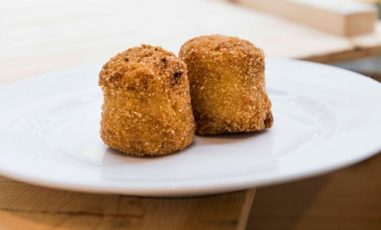 Spaghettoni croquette with carbonara sauce by Jonathan Benno