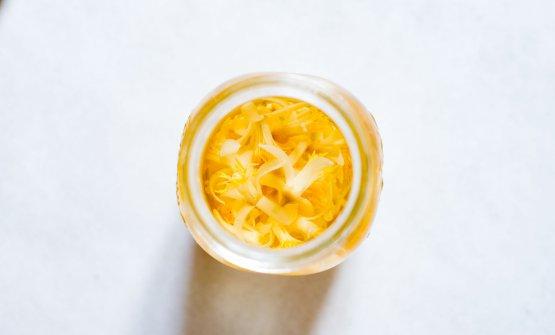 Aceto aromatizzato ai fiori di limone