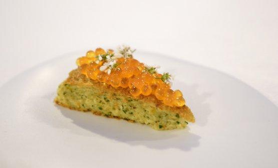 Frittata di fiori di zucchina con uova di trota