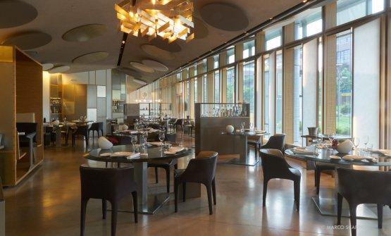 Interni del ristorante Berton a Milano(foto Marco Scarpa)