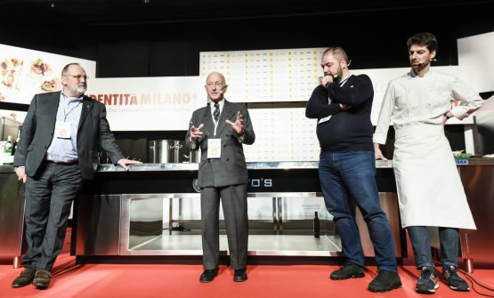 With Paolo Marchi on the occasion of the homage to Cipriani, on the stage of Identità Golose 2018 (photo Brambilla/Serrani)