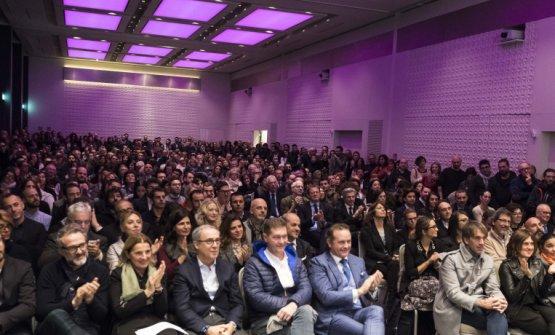 Il pubblico che ha assistito l'anno scorso alla presentazione della Guida di Identità Golose, sempre all'Excelsior Hotel Gallia