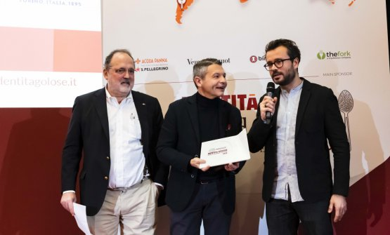 Premio IL MIGLIOR CHEF INTERNAZIONALE, offerto da Lavazza - Michele Cannone, Direttore Marketing Food Service Global Lavazza