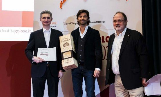 Premio IL MIGLIOR SOMMELIER, offerto daZonin 1821 - Francesco Zonin, Vice Presidente  ALBERTO SANTINI - DAL PESCATORE – CANNETO SULL'OGLIO (MANTOVA)