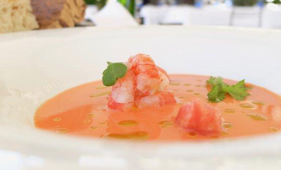 Crudo di gambero rosso, gazpacho di pomodoro