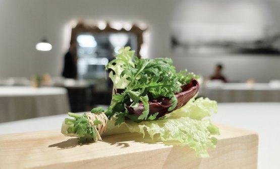 Un mazzetto di insalatina per dare una pausa alle fauci