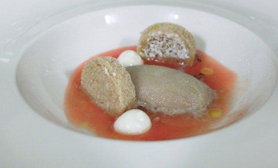 Torna infine il pane cunzatu ma in versione (poco) dolce: pane raffermo, ricotta, zuppetta di pomodoro, gelato all'origano, olio evo Barbera