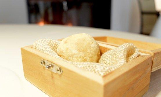 Pralina di bomba di riso (ripiena di ragù di piccione e anatra)