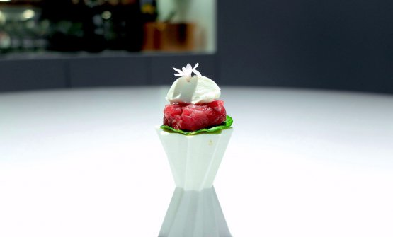 Tartare of cow, heart and emulsion of matured ox meat