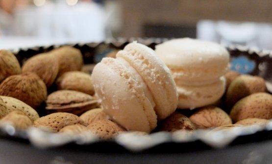 Macaron al baccalà mantecato: un po'troppo dolci, il pesce si sente poco