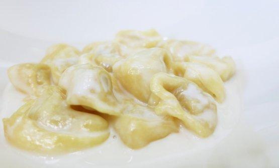 Tortelliniin crema di Parmigiano Reggiano 36 mesi