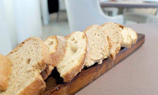Il pane maison, buono: due versioni, tipo pugliese e di Timilia