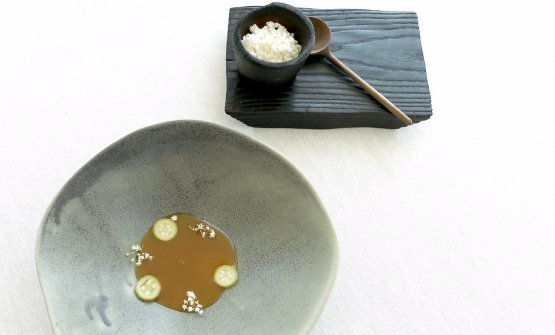 The dish is served with the puffed powdered veal tendons on the side, which you can add to taste