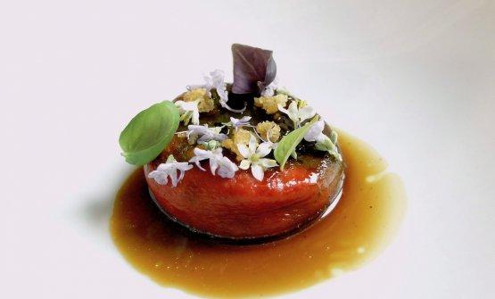 Karma: peperone di Capriglio arrostito, crema di acciughe acidulate, estrazione di semi di peperone tostati