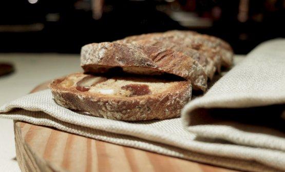 ...con il pane d'accompagnamento