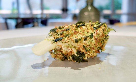 Cuore di lattuga, furikake di sesamo alga e wasabi, maionese