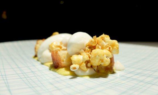 Mai dire mais: crema di mais e vaniglia, gelato al burro salato, popcorn caramellati, spugna di farina di mais e burro nocciola