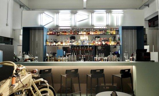 Il bancone bar