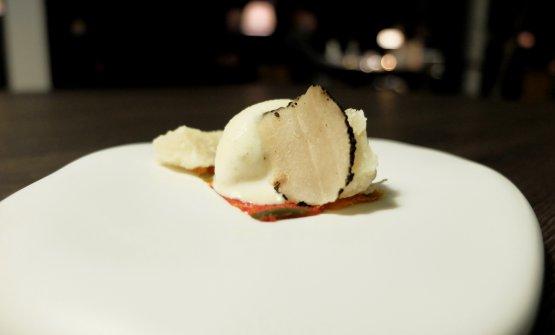 Parmigiano 90 mesi, peperoni, gelato alla polenta e tartufo nero